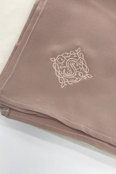 Voile en crêpe de soie rose poudré