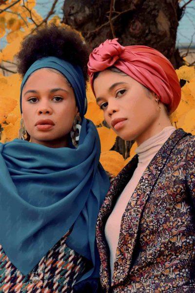 Blue petroleum silk georgette hijab - L'étoffe de Saba