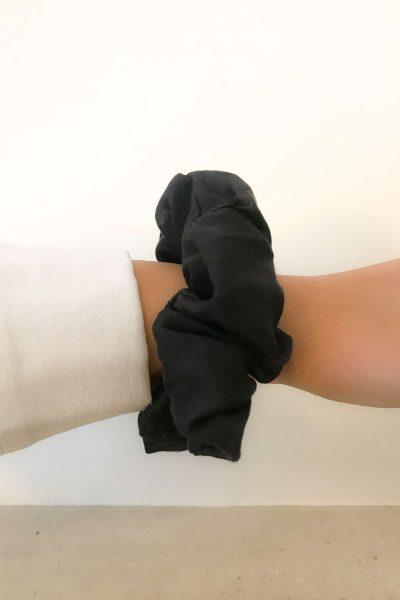 Chouchou en soie noir